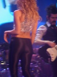 Shakira, I am not. CR: oouinouin, flickr.com